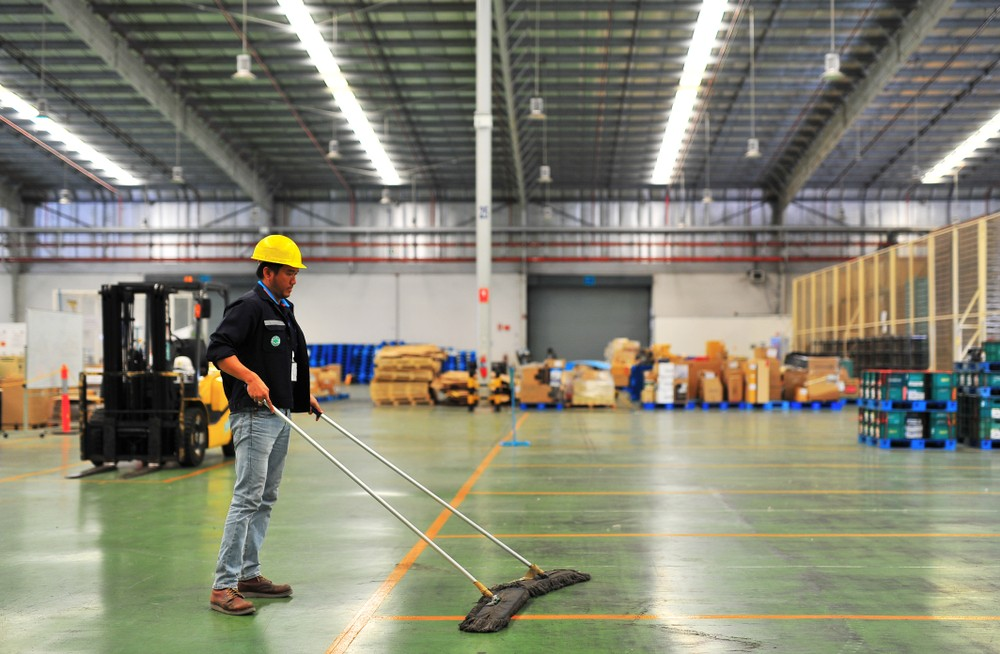 Tips on Warehouse Cleaning Services By Industry Expert Professional